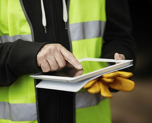 field-worker-with-tablet-1